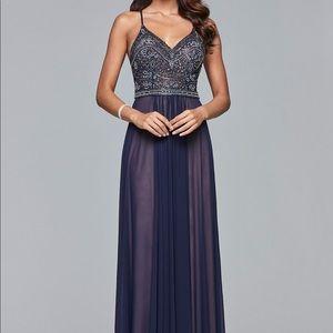 Faviana navy prom dress, NWT